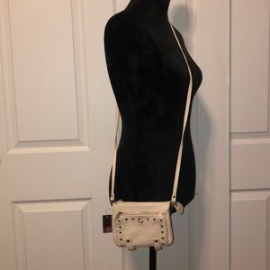Guess Bags - 👛 Guess Crossbody NWT